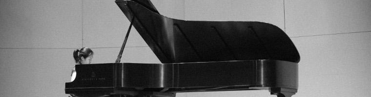 piano black and white